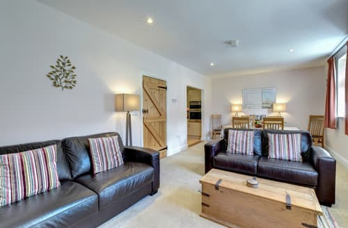 Last Minute Cottages - Amrose Cottage