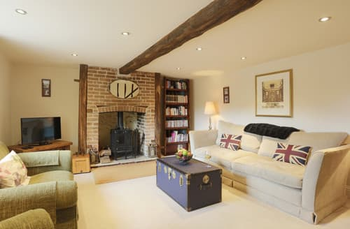 Last Minute Cottages - Walnut Tree Cottage