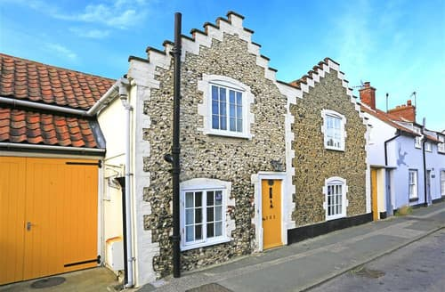 Last Minute Cottages - Flint Cottage