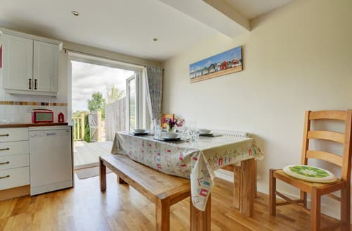 Last Minute Cottages - Heather View