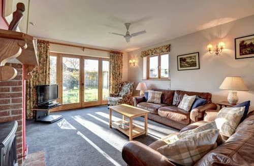 Last Minute Cottages - Brights Farm Lodge