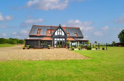Last Minute Cottages - Captains Wood Barn