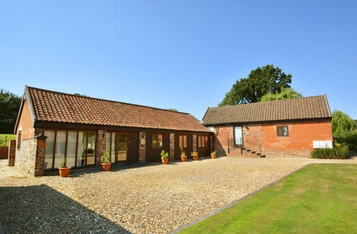 Last Minute Cottages - Lodge Barn