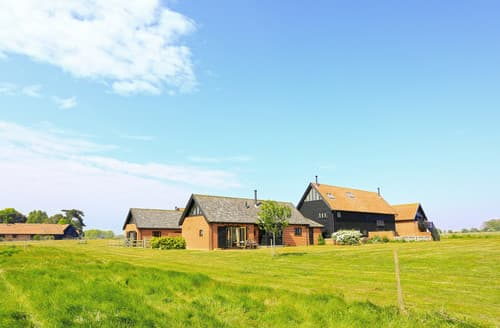 Last Minute Cottages - The Meadows Dairy