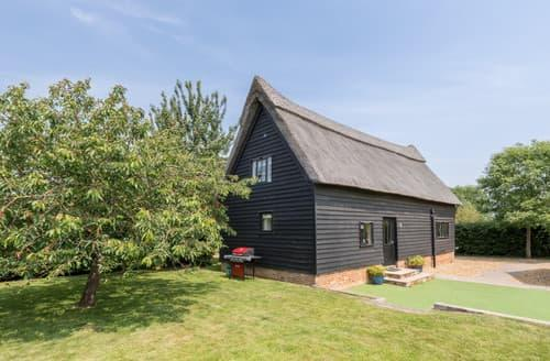 Last Minute Cottages - The Old Cafe, Butley Barns, Butley