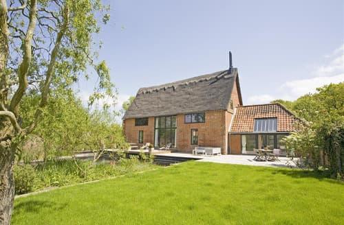 Last Minute Cottages - Alexandra Barn