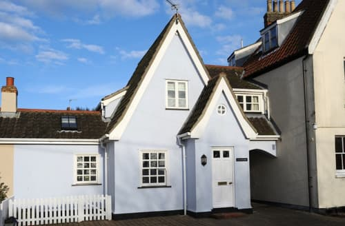Last Minute Cottages - Heathside
