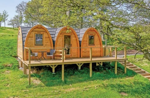 Last Minute Cottages - Lakeside Pod B