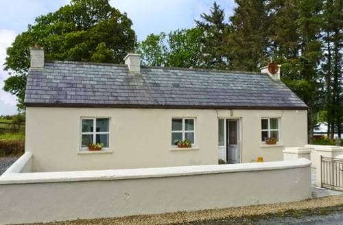 Last Minute Cottages - Charming  Cottage S5324