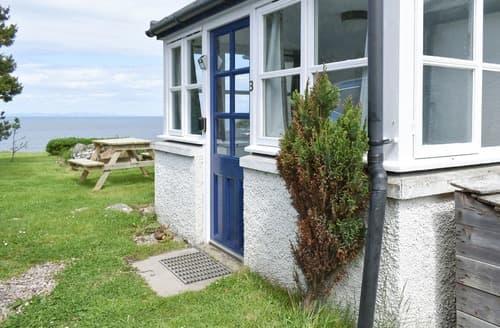 Last Minute Cottages - 3 Covesea Village