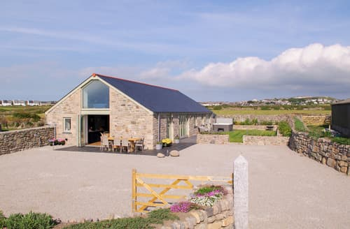 Last Minute Cottages - See Two Seas, Cape Cornwall