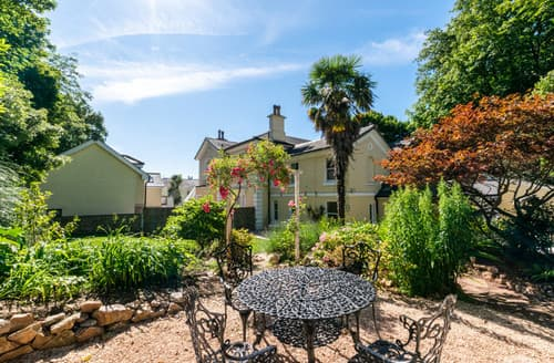 Last Minute Cottages - Clevehurst Cottage