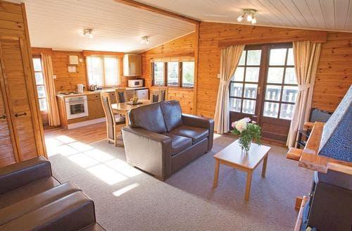 Dog Friendly Cottages - Virginia Lodge 2