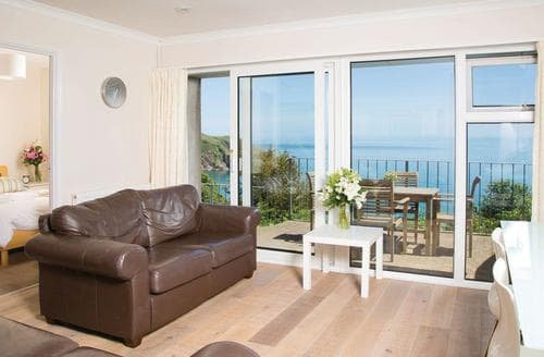 Last Minute Cottages - Cliff Top 4