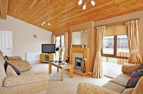 Last Minute Cottages - Whitfell Lodge
