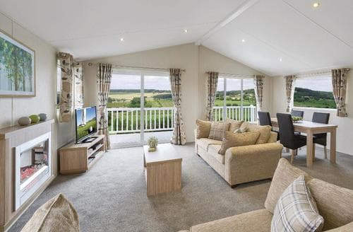 Last Minute Cottages - Deluxe Lodge 3