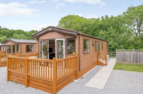 Last Minute Cottages - Woodland Retreat