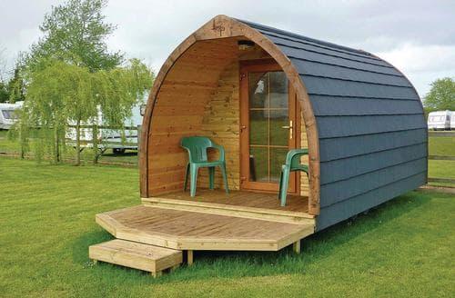 Last Minute Cottages - Luxury Pods