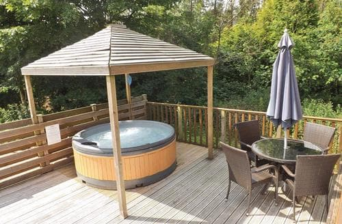 Last Minute Cottages - Longnor Wood 1