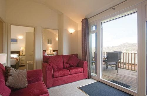 Last Minute Cottages - Manleigh Chalet