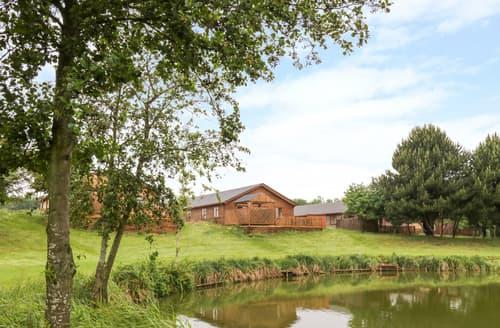 Big Cottages - Cedar Lodge