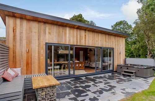 Last Minute Cottages - Woodland View One