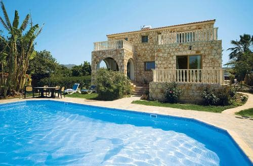 Last Minute Cottages - Antonis