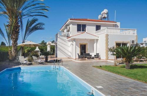 Last Minute Cottages - Coral Villa