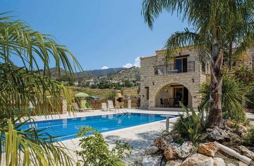Last Minute Cottages - Androulla