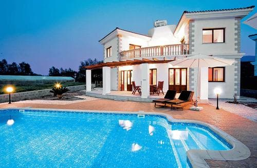 Last Minute Cottages - Cleopatra Beach
