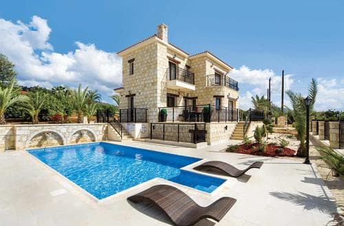 Last Minute Cottages - Petrides Villa