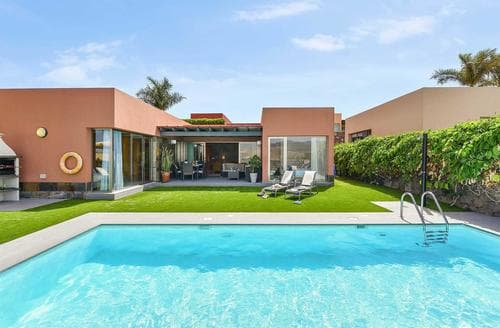 Last Minute Cottages - Par 4 Villa 8