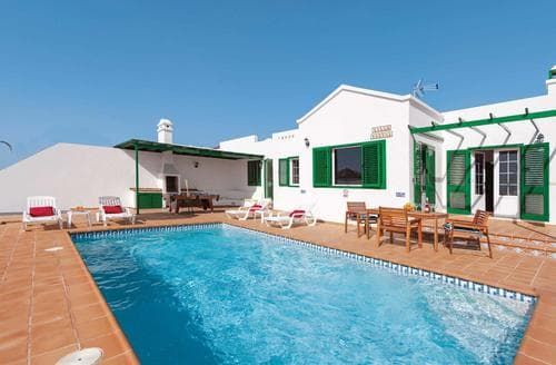 Last Minute Cottages - Brenas