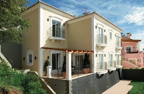Last Minute Cottages - Palheiro Garden Villa