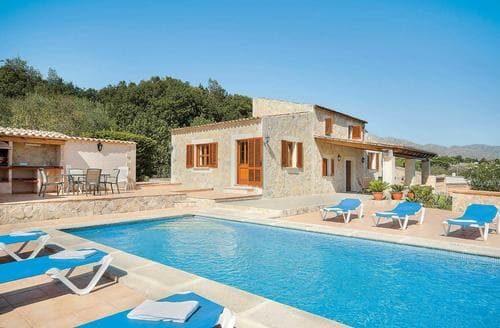 Last Minute Cottages - Ca'n Varella
