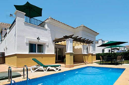 Last Minute Cottages - Villa Verde
