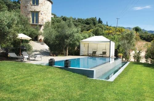 Last Minute Cottages - Thyme Tower Villa