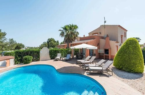 Last Minute Cottages - Villas Maribel