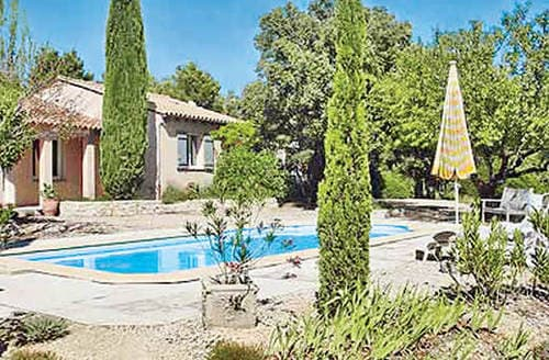 Last Minute Cottages - L'Oliveraie