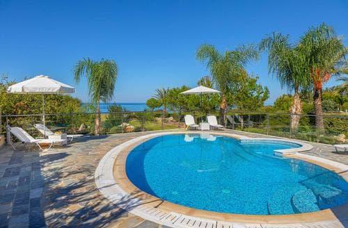 Last Minute Cottages - Pandora Beach Villa