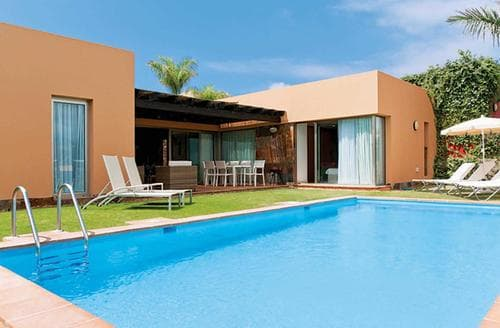 Last Minute Cottages - Par 4 Villa 7