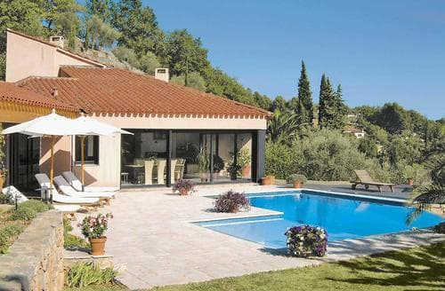 Last Minute Cottages - Villa Esterel