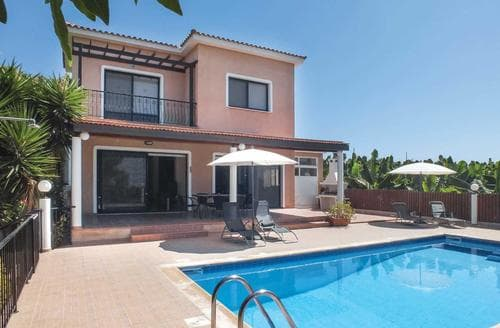 Last Minute Cottages - Evdoxia