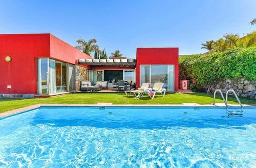 Last Minute Cottages - Par 4 Villa 12