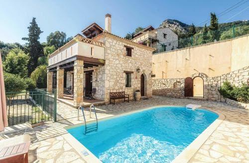 Last Minute Cottages - Villa Maria