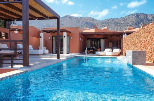 Last Minute Cottages - Domes Luxury II