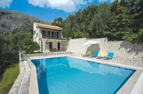 Last Minute Cottages - Antigoni