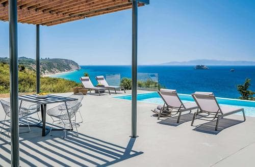 Last Minute Cottages - Avithos Beach view