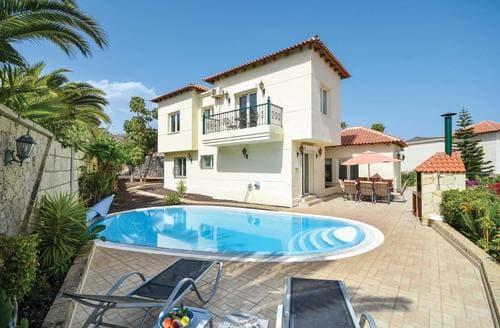 Last Minute Cottages - Villa Bonita