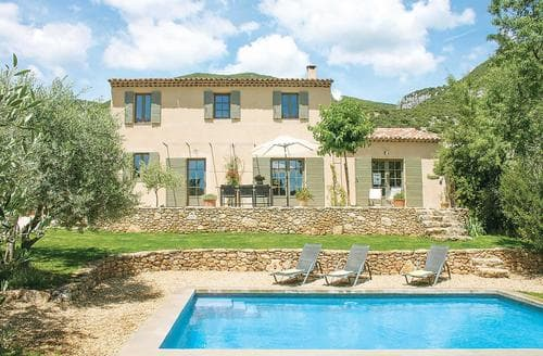 Last Minute Cottages - La Perle
